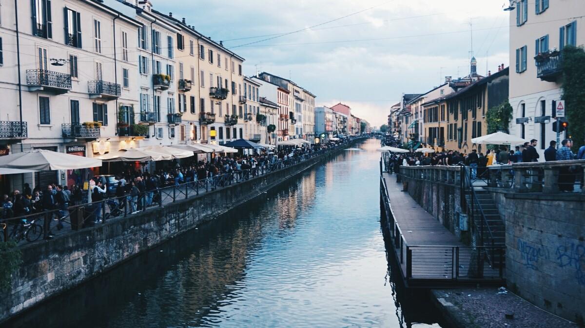 Dzielnica Navigli w Mediolanie
