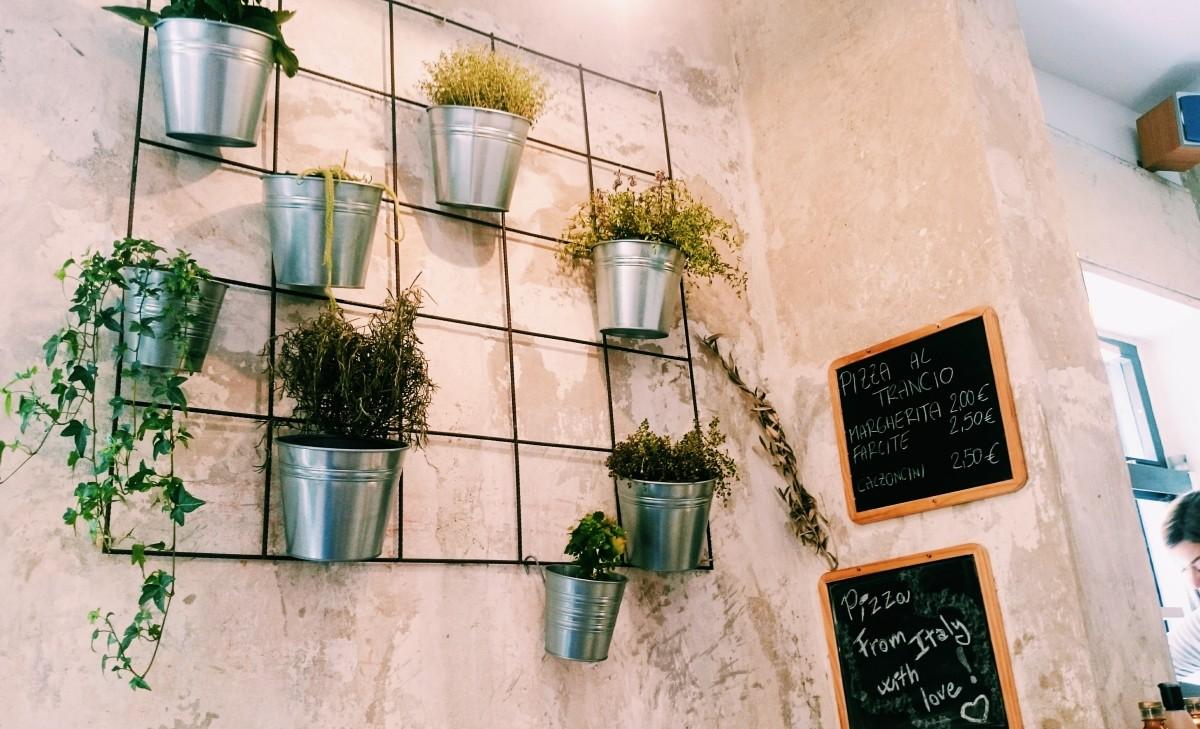 Wnętrze pizzerii Malborghetto we Florencji