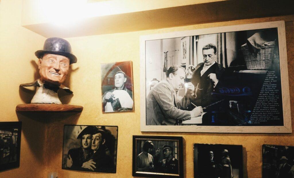 Obrazki w pizzerii Toto we Florencji
