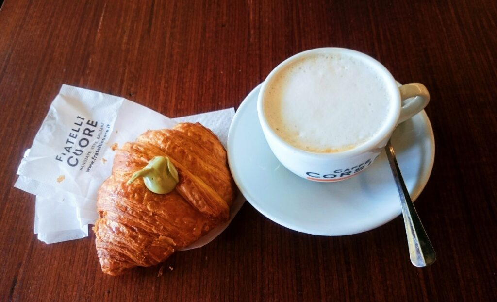 Italian breakfast in Fratelli Cuore in Florence