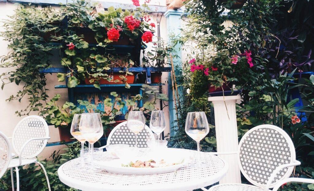Ogród w kawiarnii we Florencji