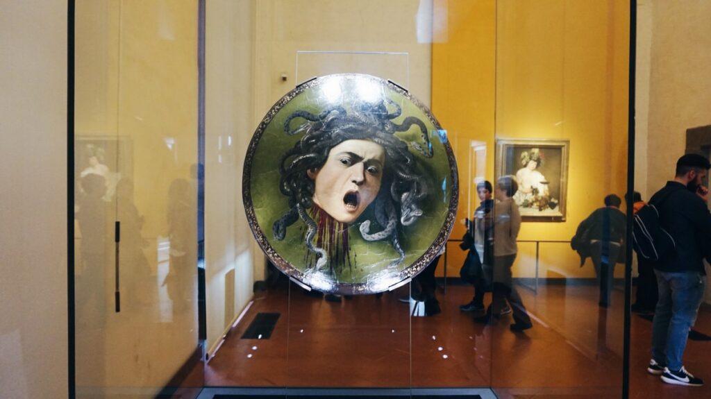 Głowa Meduzy autorstwa Caravaggia