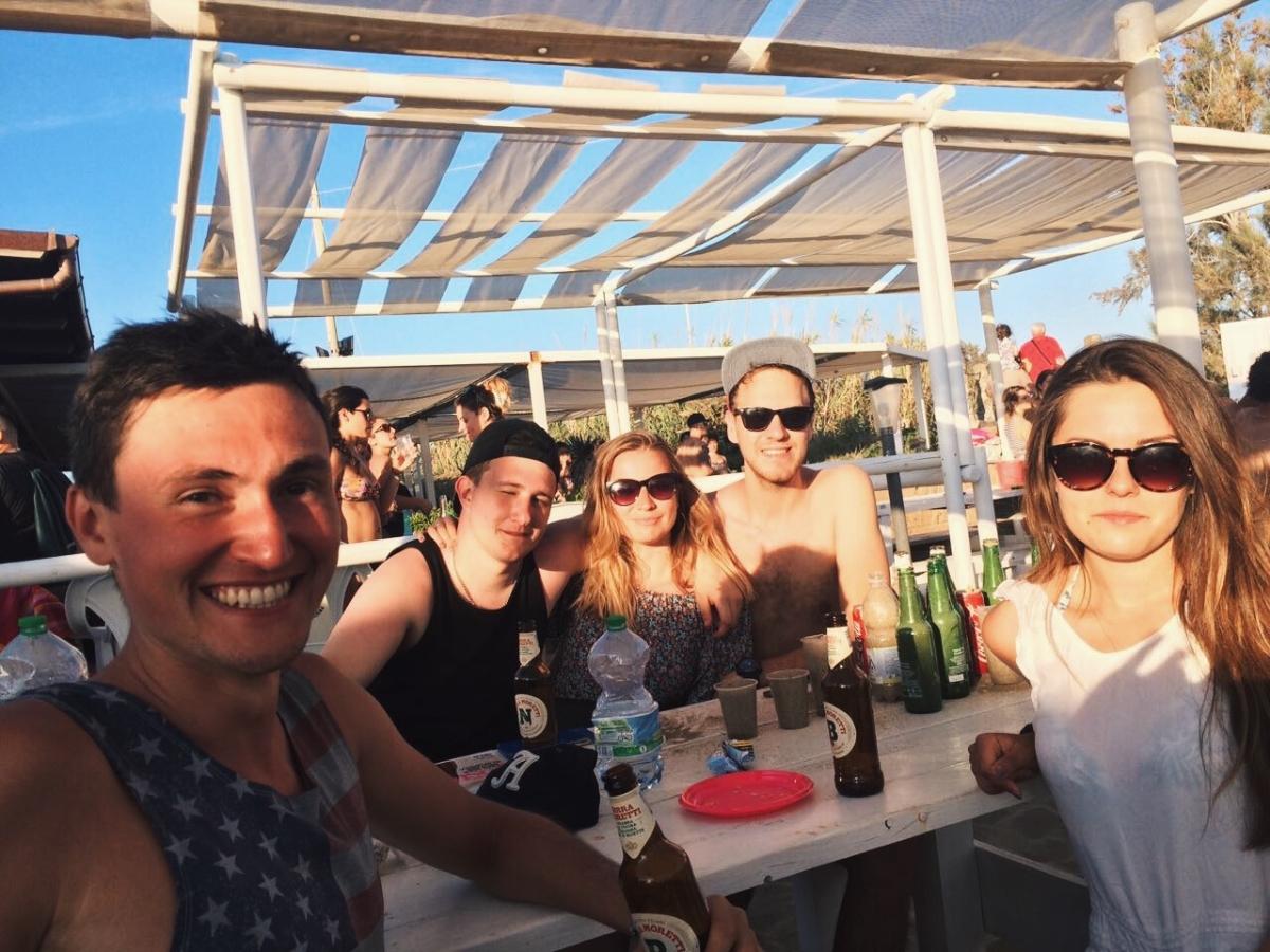 W barze w Rosignano