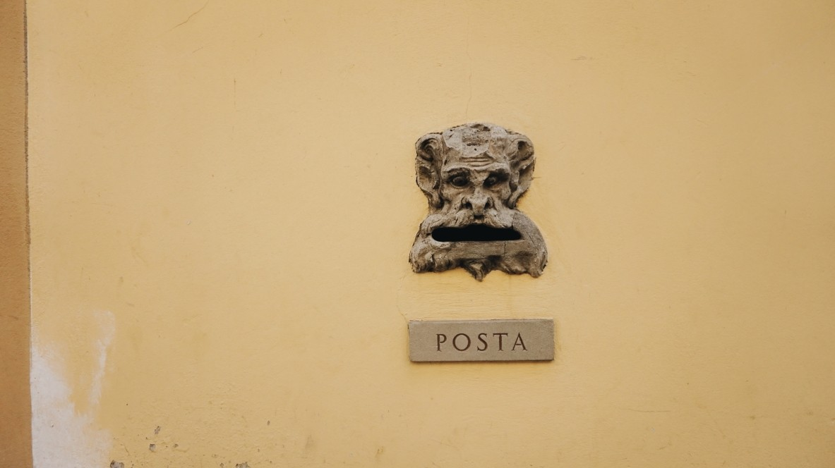 Artistic post in Florence