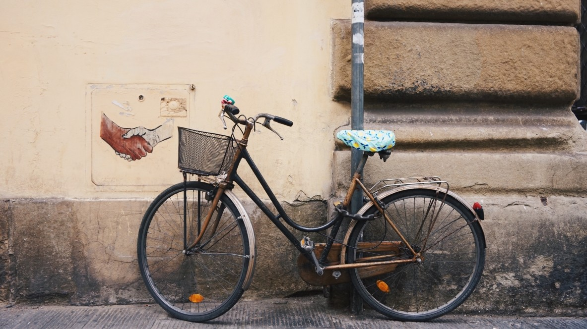 Cute bike and street-art, Florence