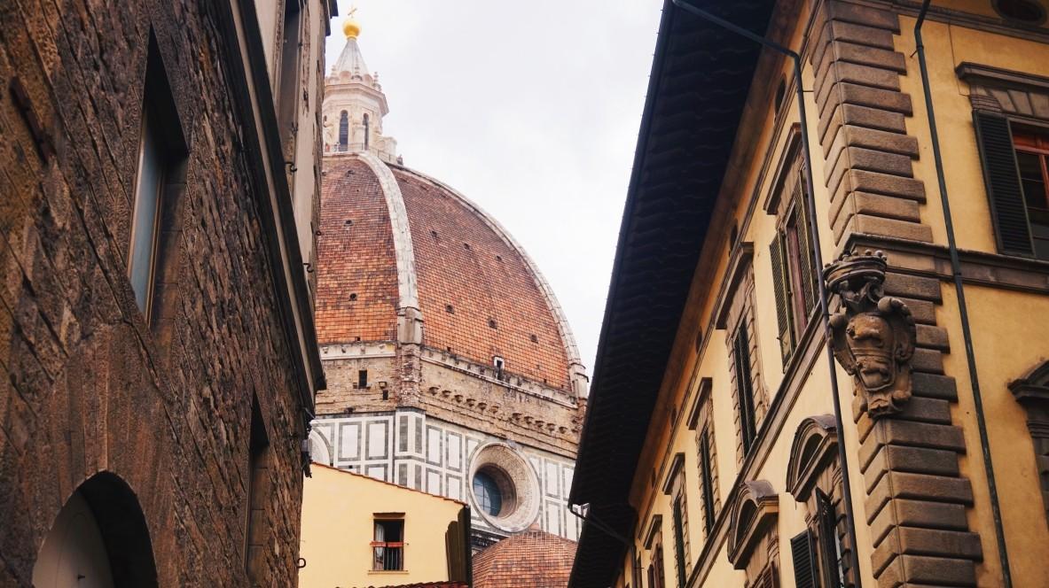 Duomo we Florencji, uliczka
