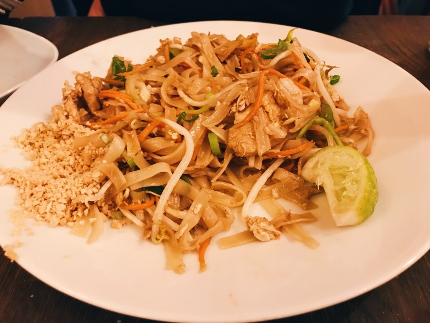 Delicious Pad Thai in Prague in the restaurant Modry Zub