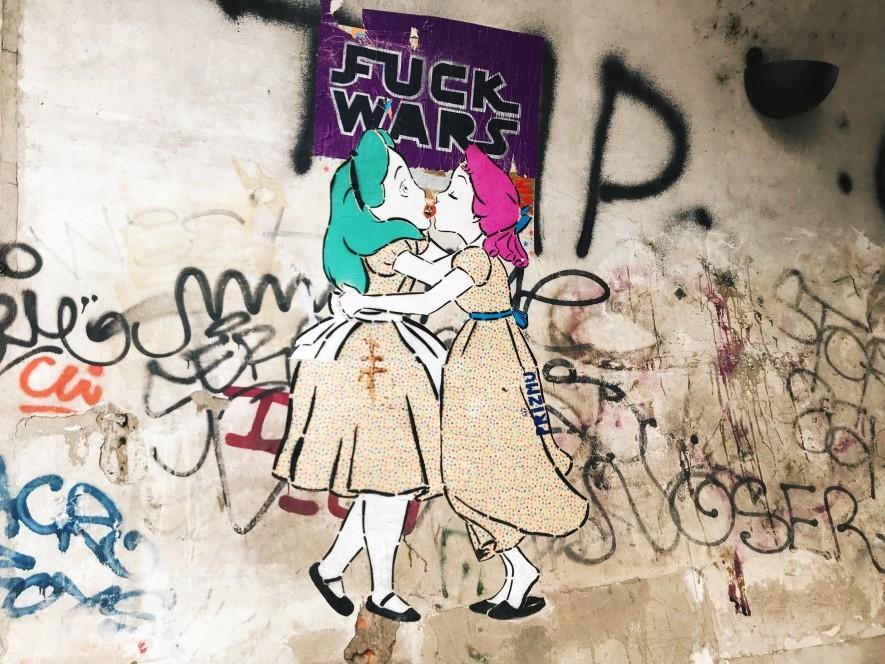 Street-art w centrum Pragi