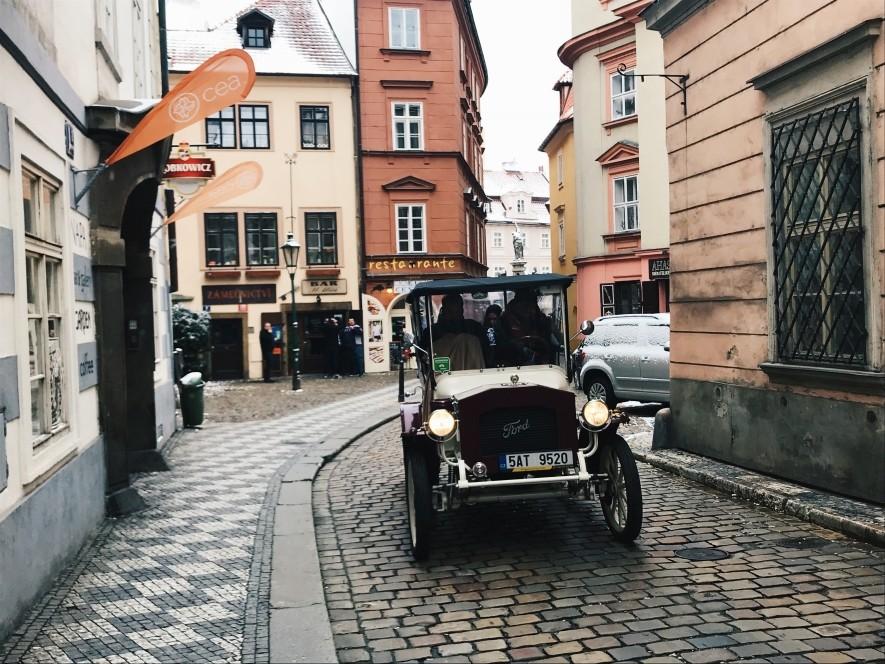 Klimatyczne uliczki w Pradze