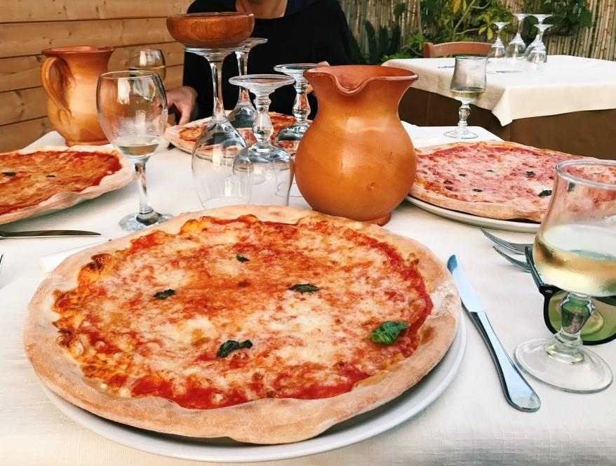 Pizza w Santa Domenica