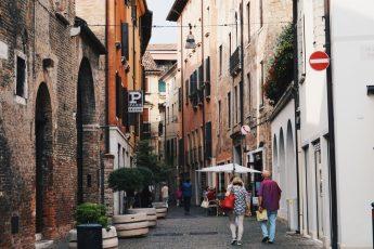 streets of Treviso - small Venice