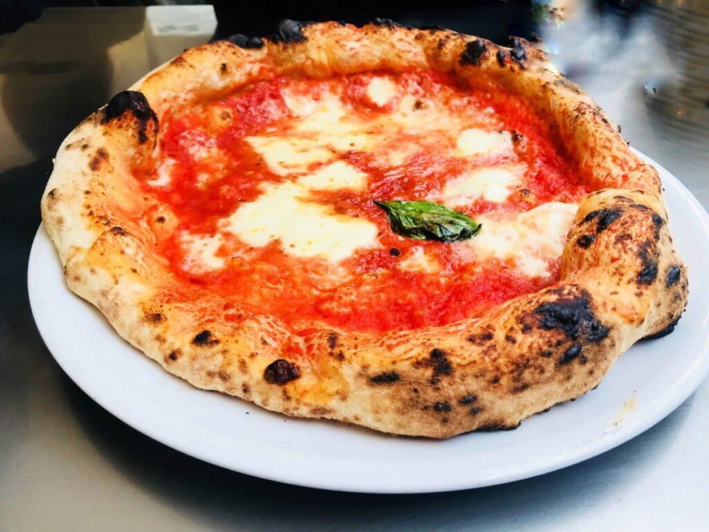Jak wygląda prawdziwa pizza neapolitańska?