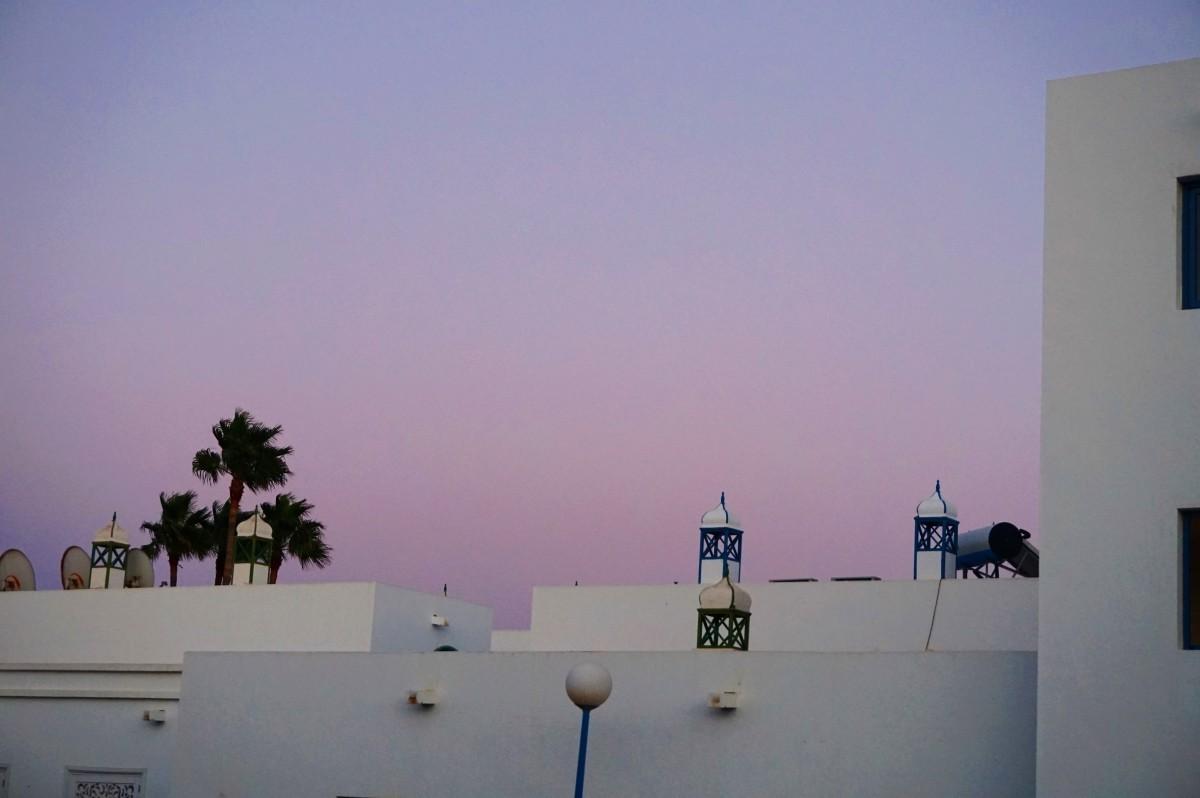 Przepiękne białe budynki na Lanzarote