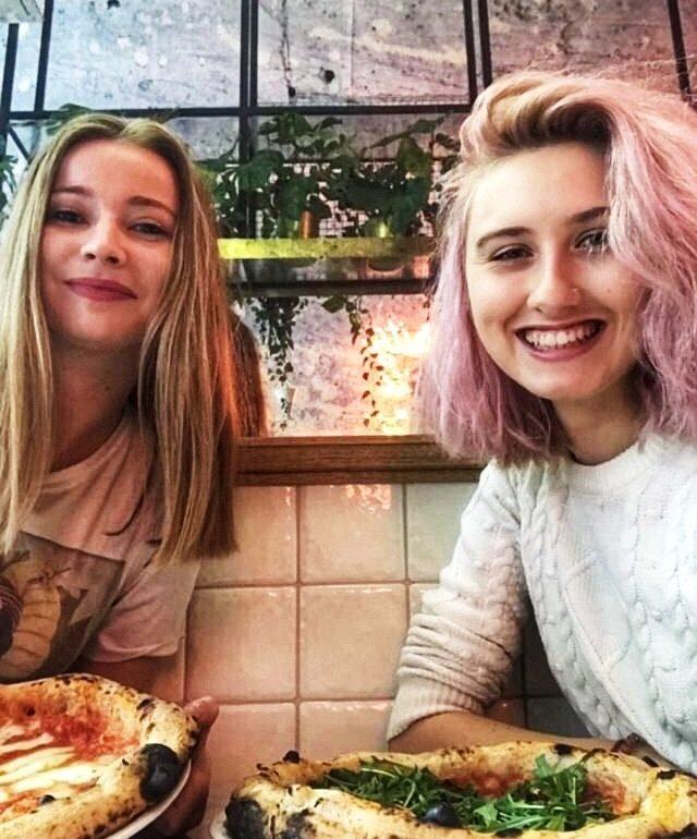 Pizzagirlpatrol w podcaście Zmacznego