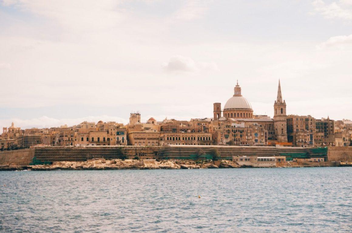 przepiękny widok na Vallettę z Silemy