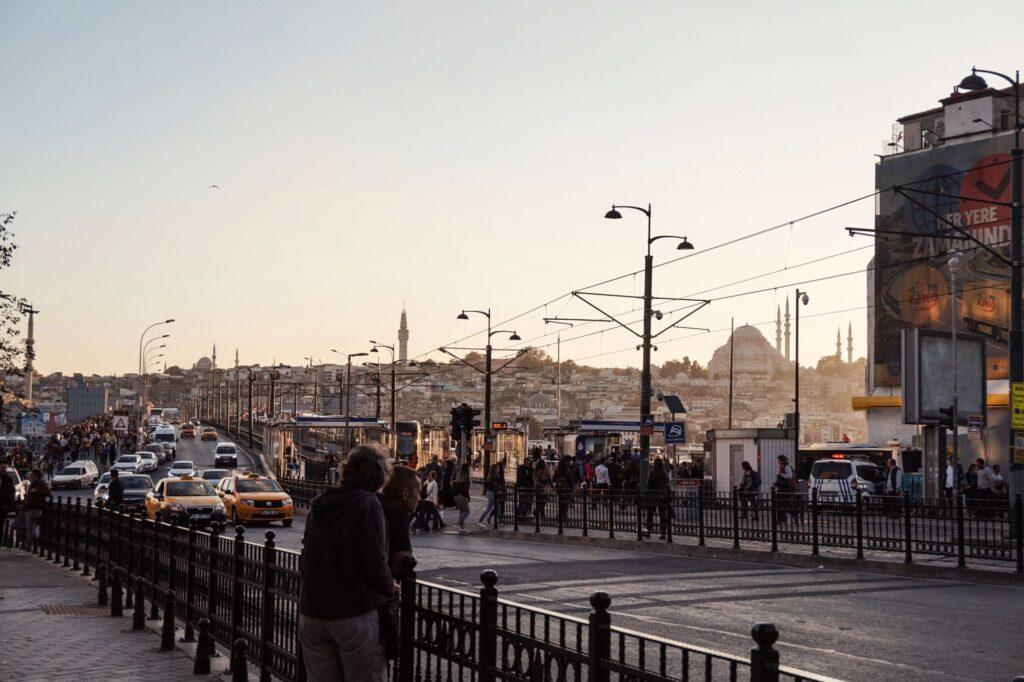 Widok na Most Galata w Stambule
